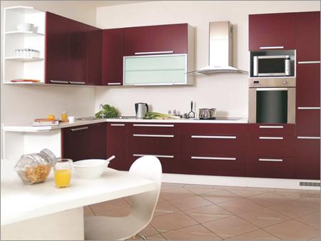 Современная модульная кухня  со встроенной мебелью - Интерьер кухни (кухонная мебель) фото