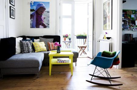 Небольшая гостиная в стиле модерн - Гостиные - дизайн и мебель фото