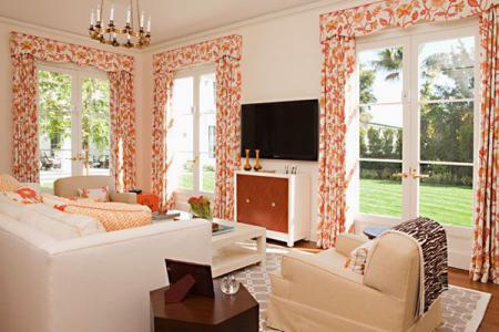 Гостиная с видом во дворик - Гостиные - дизайн и мебель фото