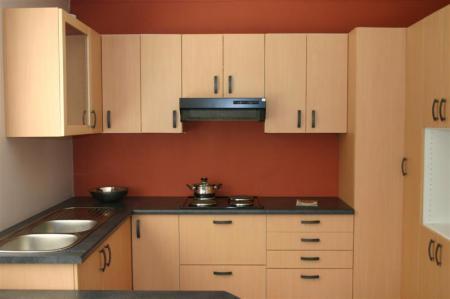 Небольшая модульная кухня - Интерьер кухни (кухонная мебель) фото