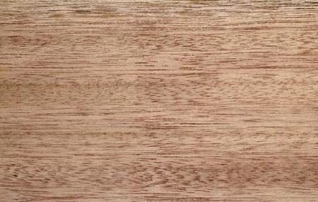 Светло-красная шорея (Shorea argenifolia), дерево, свойства древесины