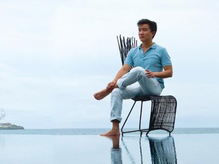 Кеннет Кобонпу, дизайнер мебели